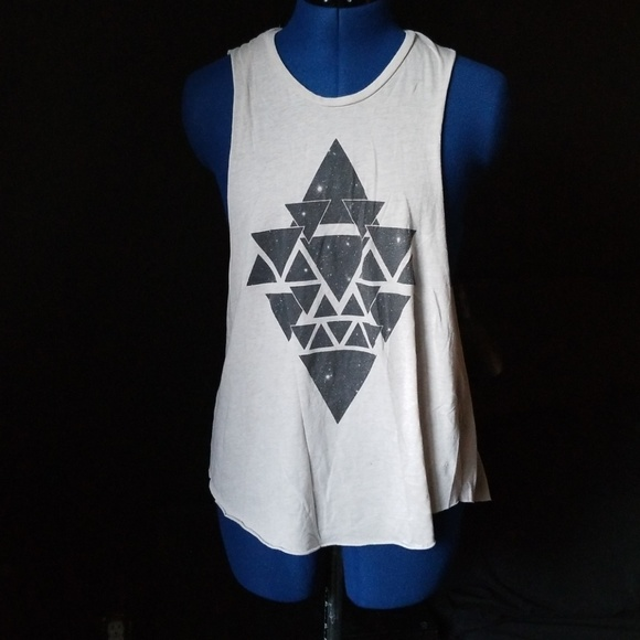 Spare Tops - Tan Triangle Pattern Tank